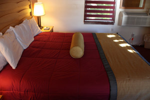 King Size Bed Picture 2